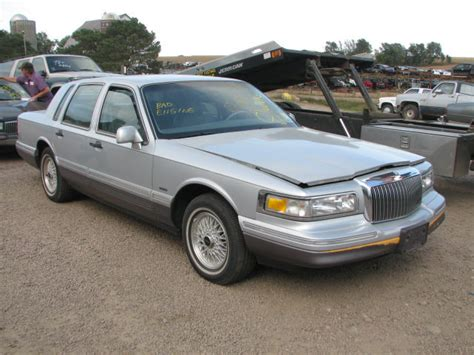 airbag deployment 1988 lincoln town car windshield wipe control service manual how to change 1992 lincoln town car rear bottom hub bush 1990 97 lincoln town