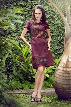 Batik Tenun Maroon 20248 ramalandy maroon tenun dress style batik dress