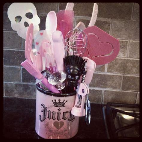 Skull Kitchen Utensils by 17 Best Ideas About Pink Kitchens On Pink
