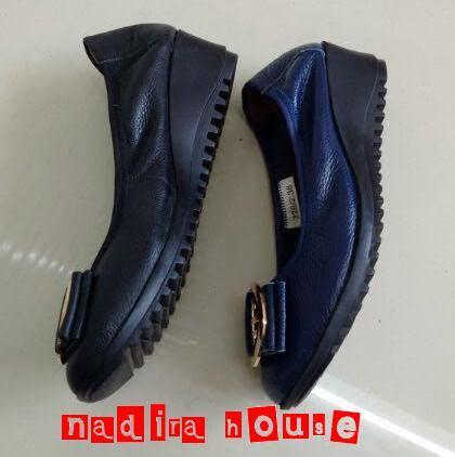 Adidas Bulat nadira house sepatu clarks wedges besi bulat
