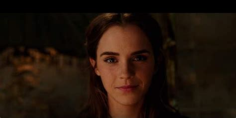 biography of emma watson in hindi beauty and the beast trailer sets new record in first 24