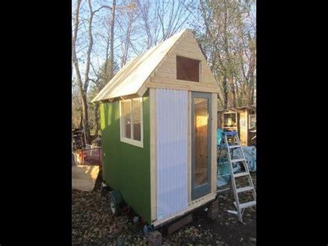 deeks  sq ft tiny housecabin  wheels rvcamper
