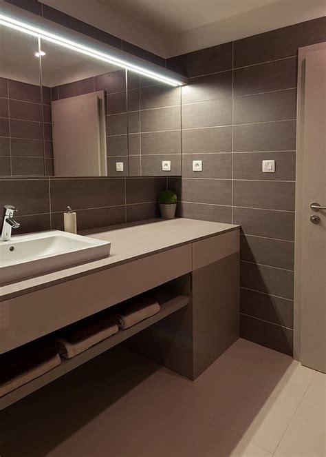 brown bathrooms modern brown bathroom home staging accessories 2014