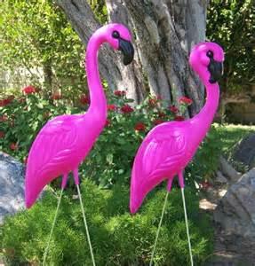 pink flamingos plastic flamingos pink yard flamingos yard flamingo