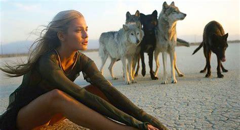 imagenes mujeres que corren con lobos 7 frases del libro las mujeres que corren con los lobos