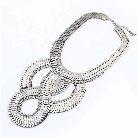 Kalung Korea Coral Brown Exaggerated Thick Chain Simple Design Alloy silver simple geometric pendant golden alloy necklace for