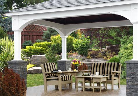 amish patio furniture manufacturers redefine their