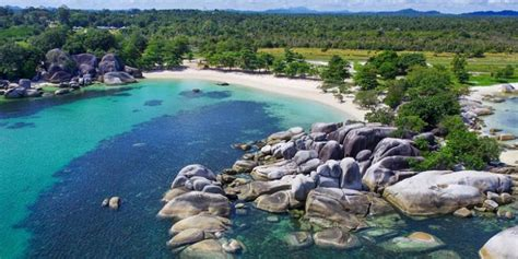 hikmah dari film laskar pelangi pantai tanjung tinggi destinasi wisata keren di belitung