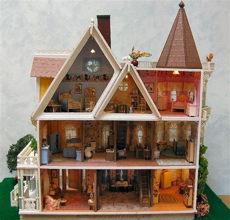 Handcrafted Dollhouse - handcrafted quarter scale