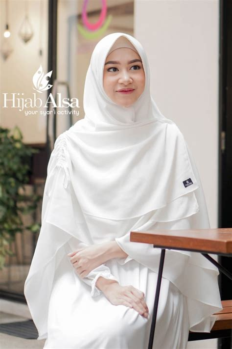 Khimar Broken White by Khimar Serut Sessa Broken White Alsa Khimar