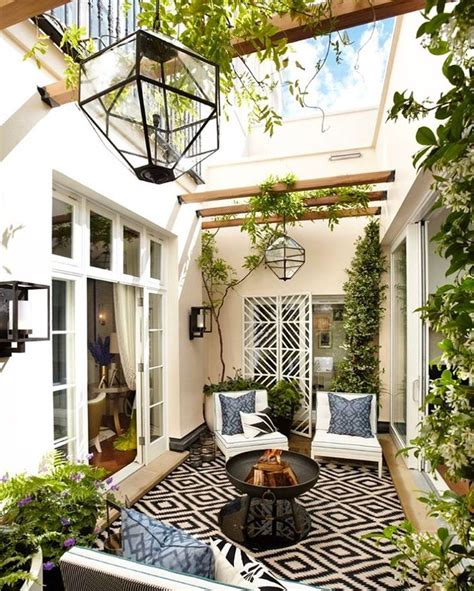 homes with interior courtyards best 25 atrium garden ideas on atrium house