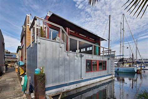 graham baba architects neat and modern houseboat house displaying a unique