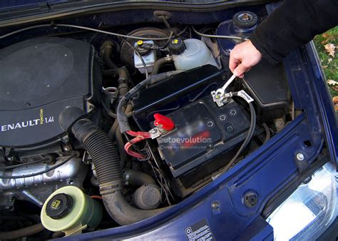 2007 Kia Sportage Battery How To Replace Your Car Battery Autoevolution