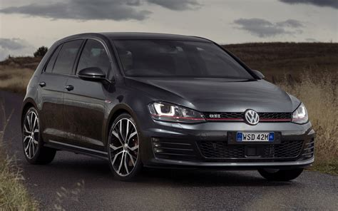 volkswagen golf gti performance  door  au