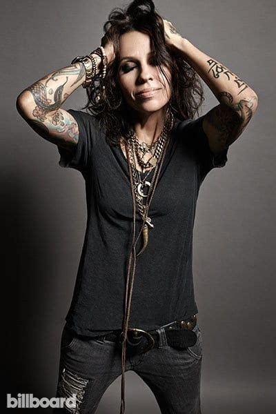 linda perry vote picture of linda perry