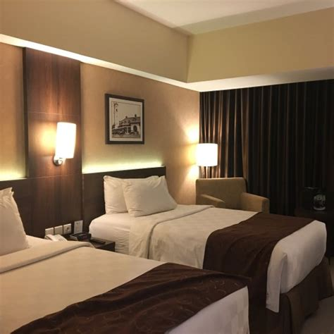 agoda java paragon best western papilio hotel surabaya indonesia review