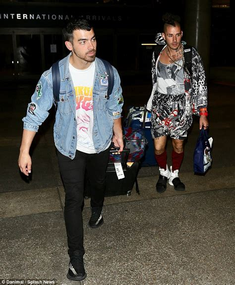 Jo In T Shirt White Intl turner greets boyfriend joe jonas in daily