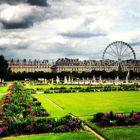 reviews of friendly attraction jardin des tuileries