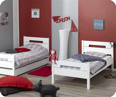 Supérieur Idee Chambre Bebe Fille #7: Lit-pour-jumeaux-de-3-ans-9.jpg