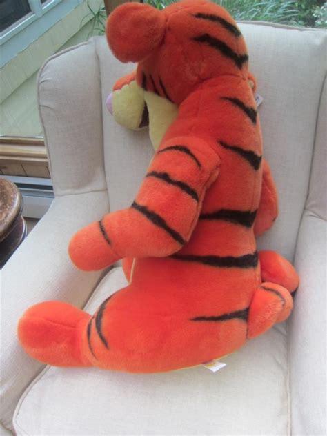 Boneka Tigger Tiger Pooh Disney Jumbo disney store tigger plush 34 quot jumbo largest nwt