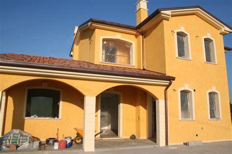 Facciate In Pietra E Intonaco by Cornici Decorative In Polistirolo Eps Per Facciate