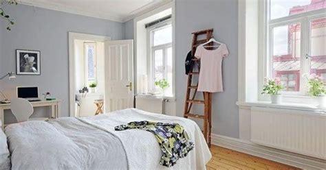 schlafzimmer hellblau raumfarbe hellblau wand und bettw 228 sche im schlafzimmer