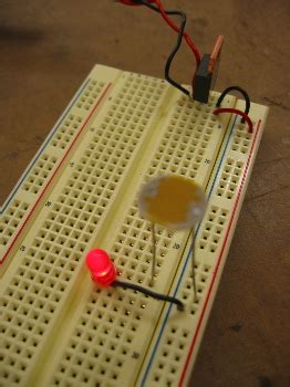 photoresistor ground photoresistor ground 28 images photoresistor input pic16f877a robotic project source code