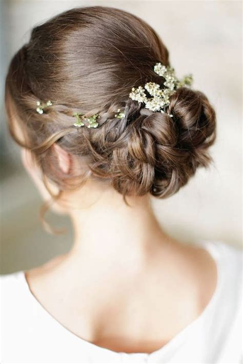 Wedding Hairstyles For Medium Length Hair With Flowers by 36 Wedding Hairstyles That Inspire
