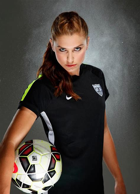alex morgan source alex morgan going to orlando in blockbuster nwsl