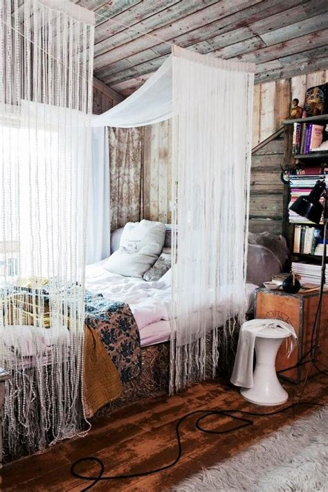room canopy 1000 ideas about room canopy on room canopy bed curtains and cool rooms