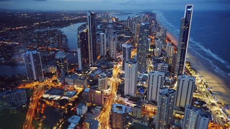 gold wallpaper sydney top family destinations on the gold coast