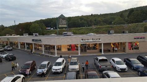 tannersville poconos the crossings premium outlets in tannersville pa picture