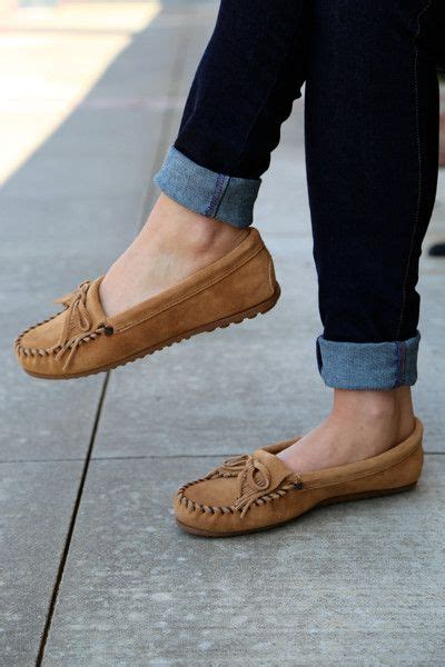 minnetonka kilty suede moccasin taupe moccasins outfit