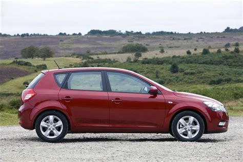 Kia Ceed 3 2010 Kia Cee D 2010 Car Review Honest
