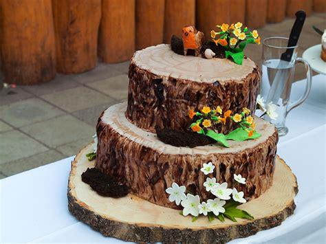 Hochzeitstorte Baum by Baumstamm Torte Hochzeitstorte Tree Stump Wedding Cake