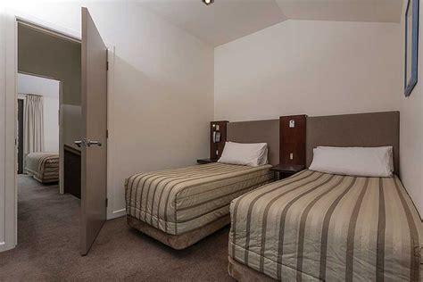 2 bedroom accommodation queenstown garden court suites apartments queenstown hotel