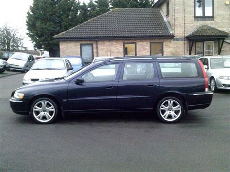volvo d5 for sale used volvo v70 2005 automatic diesel 2 4 d5 se 5 door blue