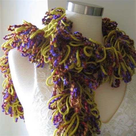 knitting pattern loopy scarf 1000 images about loopy scarfs on pinterest yarns