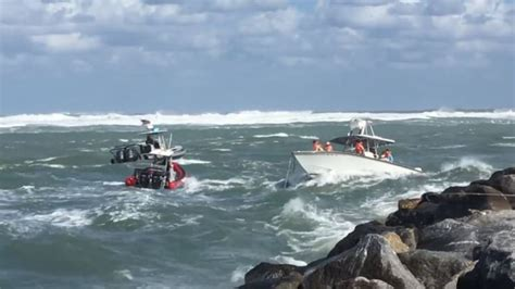 boat sinks in jupiter inlet nine lives saved in dangerous rescue in jupiter inlet wpec