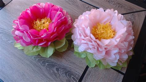 How To Make Easy Flowers Out Of Tissue Paper - how to make tissue paper flower easy method