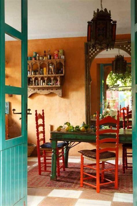 Mexican Kitchen Decor by Best 25 Orange Walls Ideas On Orange Rooms
