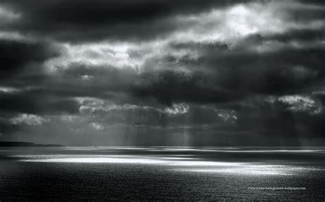 black and white ocean wallpaper beams of sunlight on ocean black white desktop wallpaper