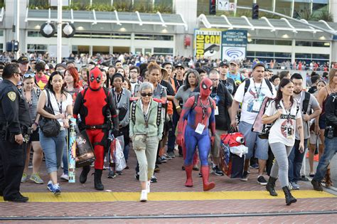 fan 2017 con characters come out to con 2016 in san diego