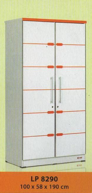 Lemari Pakaian Sucitra sucitra lemari pakaian 2 pintu type lp 8290 kemenangan