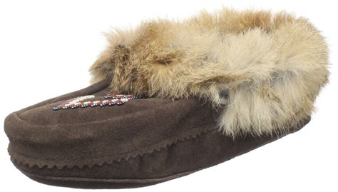 manitobah slippers manitobah mukluks slipper in brown for chocolate lyst