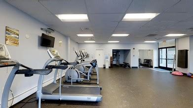 Fitness Showrooms Stamford Ct 1 by Bayview Towers Stamford Ct Apartment Finder