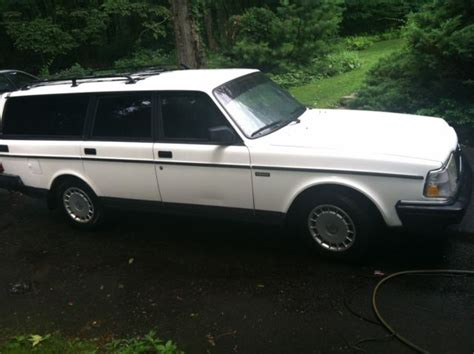 1992 volvo 240 gl wagon 4 door 2 3l 1 owner low miles manual very nice for sale volvo 240 1992