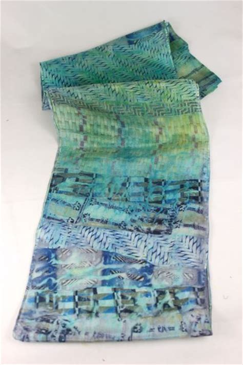 great tutorial on dyeing white silk scarves with silk ties
