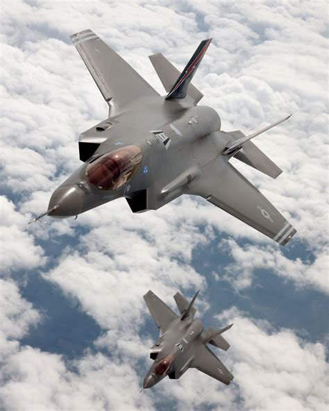 F 35 Lighting by The Cave F 35 Joint Strike Fighter Jsf Lightning Ii
