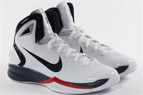 chris bosh basketball shoes nike hyperdunk 2010 chris bosh lamar odom usab pe s